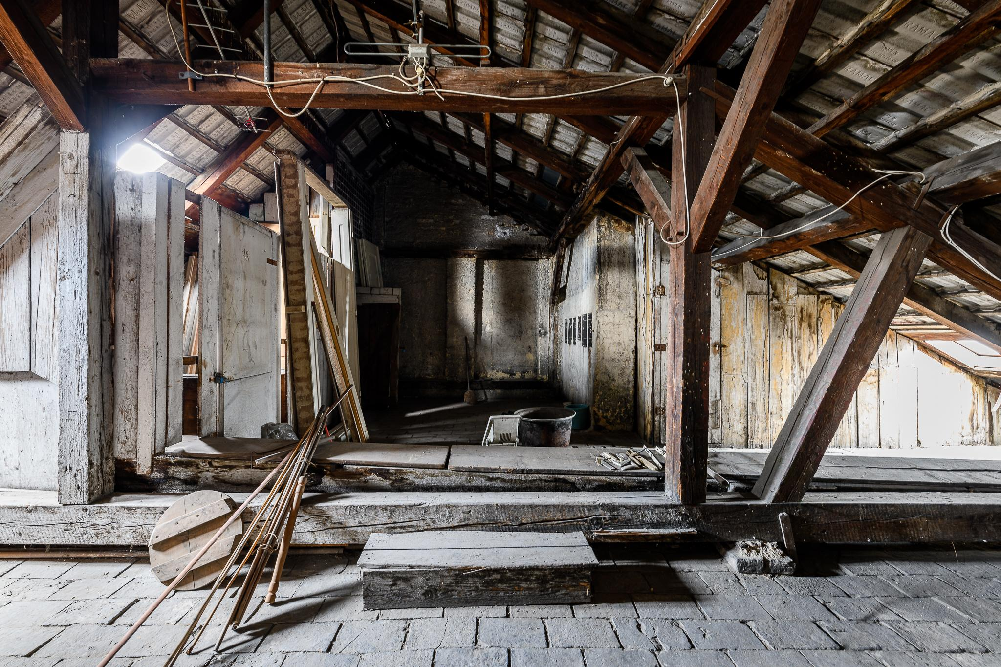 Sanierung und Instandhaltung Dachstuhl und Dachausbau in 1100 Wien THON Baubetreuung