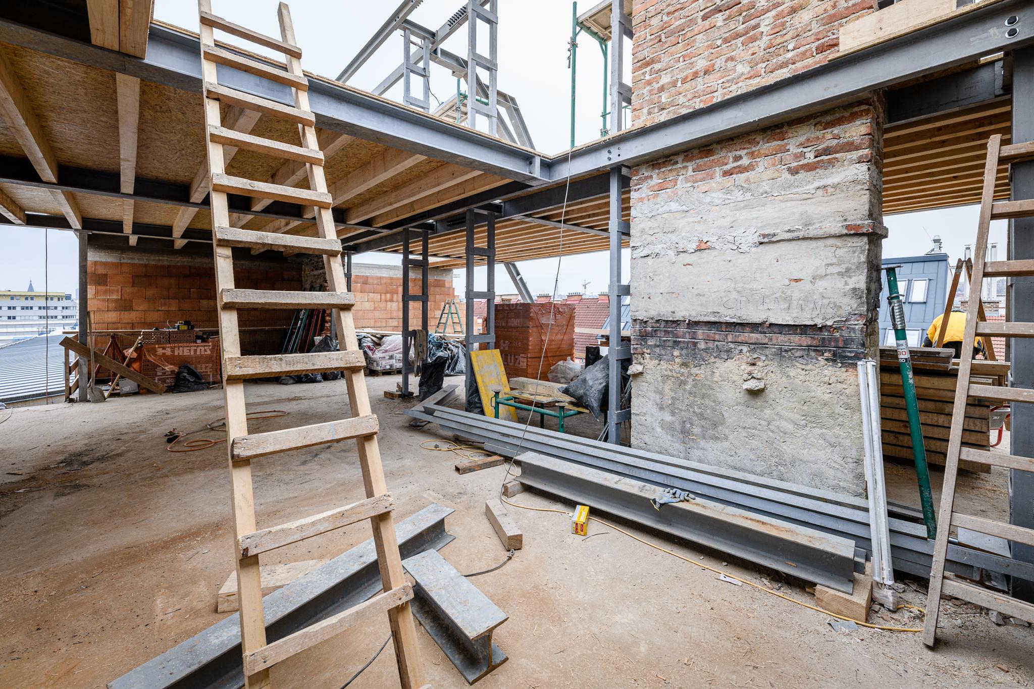 Dachgeschossausbau Zinshaus Wien THON Baubetreuung Wien Niederösterreich
