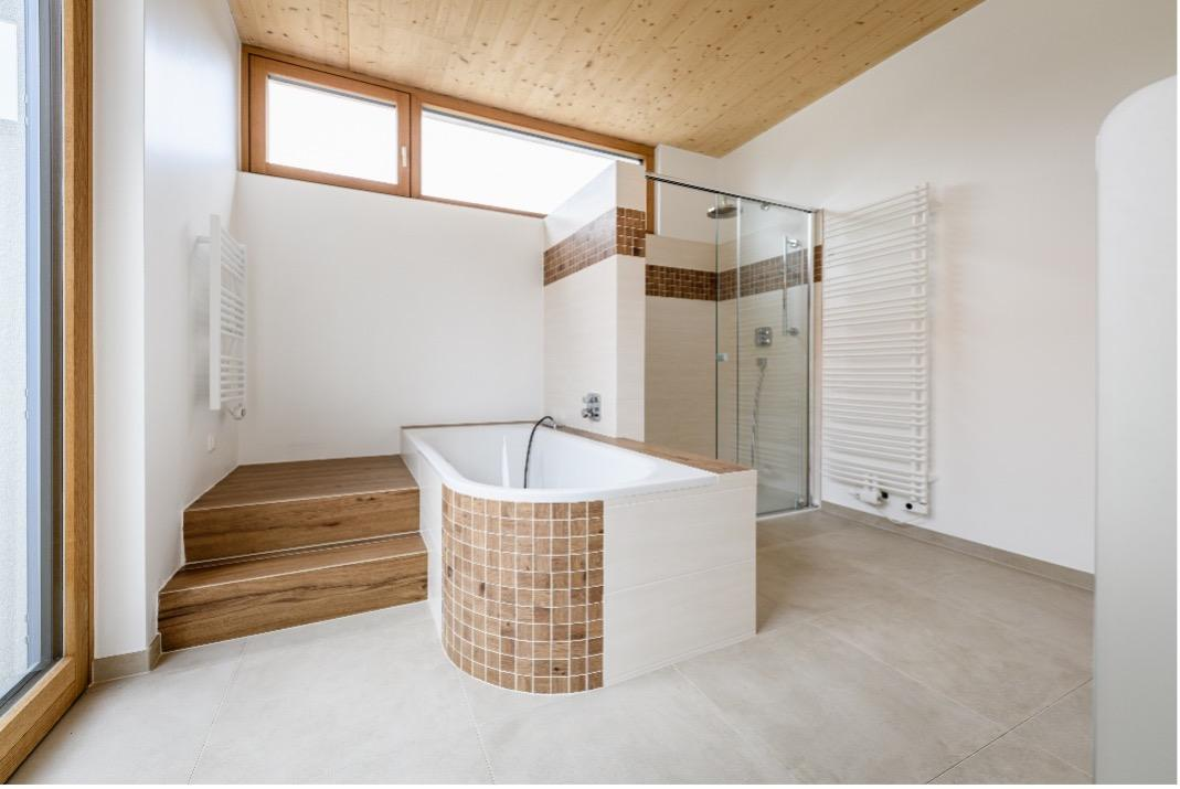 Badezimmer Innenausbau thon Holzbau Generalunternehmer Wien Niederoesterreich